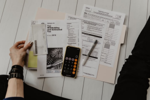 Read more about the article The Ultimate Guide to Reducing Personal Income Tax (Legally & Responsibly)