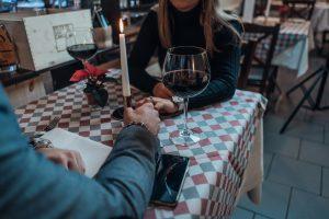 Stranger Danger: Online Dating & The Red Flags